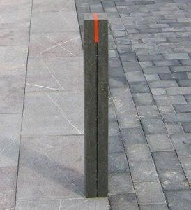 bolardo pivote o pilona