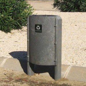 papelera de plástico reciclado gris
